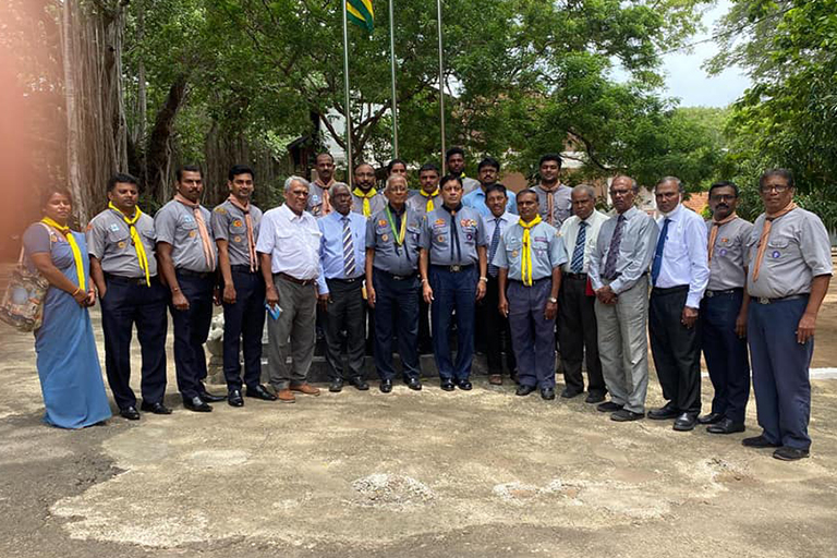 Chief Commissioner visits Trincomalee Scout District.